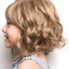 Peluca infantil Elsie de cabello sintético